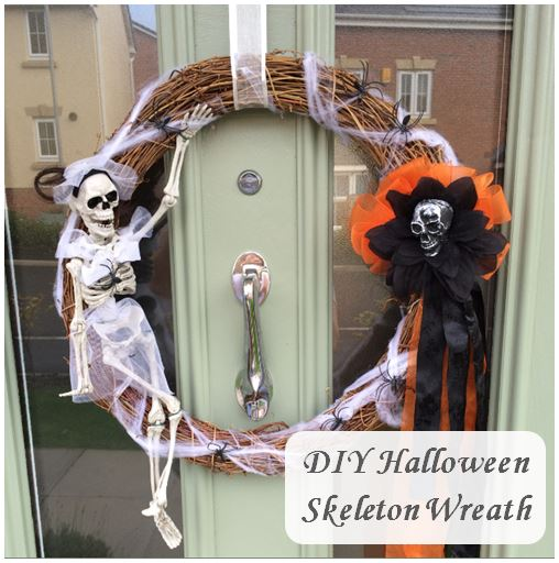 DIYHalloween Skeleton Wreath