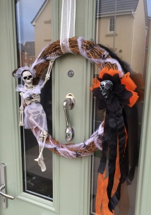 Halloween spooky Skeleton Skull Wreath